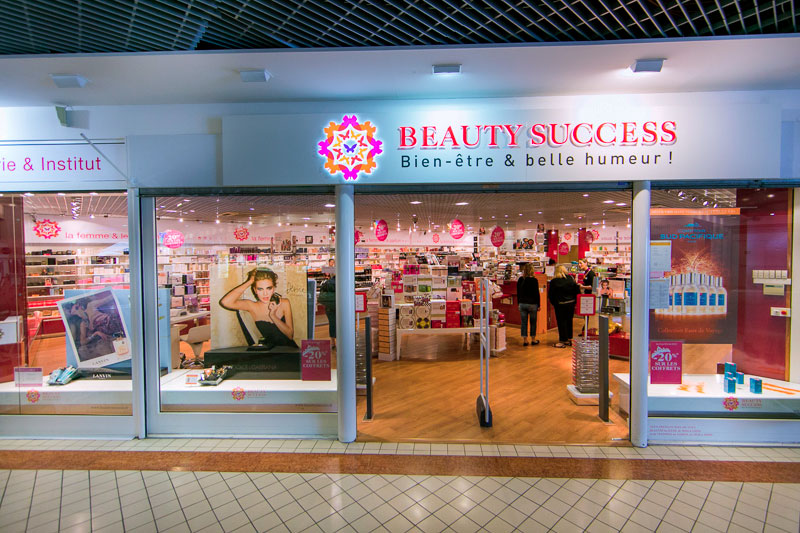 Entrée de la boutique Beauty Success Gujan