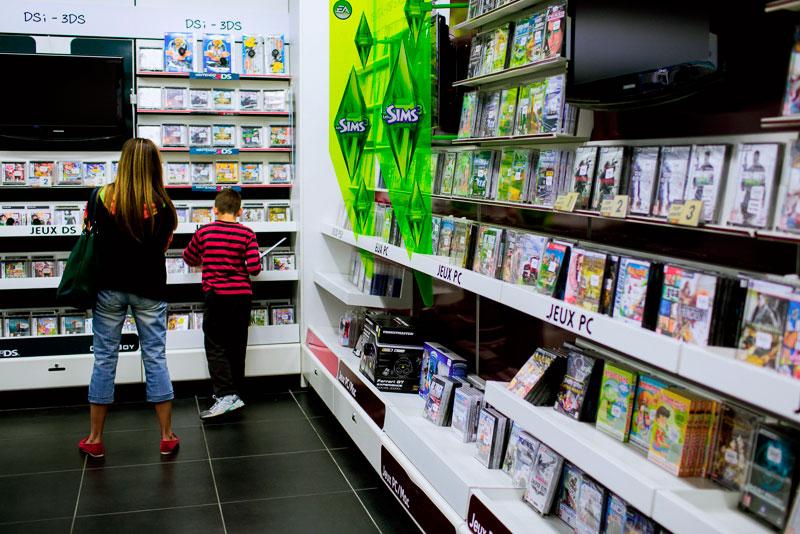 Rayon jeux-vidéo espace culturel Gujan