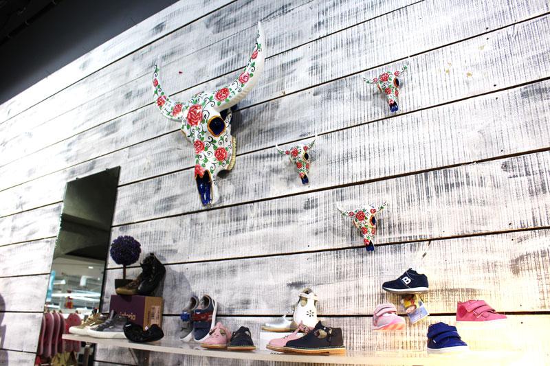 decors_boutique_bellucci_chaussures