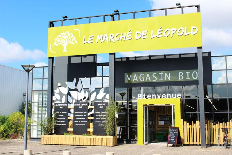 marche_de_leopold_devanture